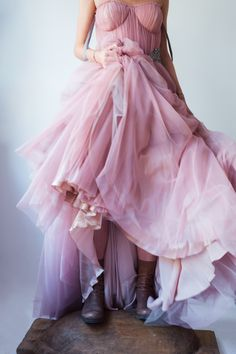 Happy Colors, Red Color, Mauve, Street Fashion, Campaign, Anna, Tulle, Outfit Ideas, Street Style