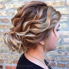 Curly+Loose+Updo+For+Round+Face