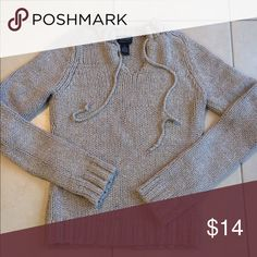 American Eagle heavy sweater American Eagle heavy sweater. Tan color & very good condition. Size small American Eagle Sweaters