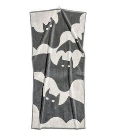 H&M Badehandtuch aus Baumwollfrottee mit eingewebtem Jacquardmuster