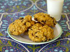 Raisin Oatmeal Cookies on Weelicious
