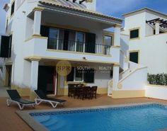 Villa In Meia Praia