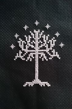 [FO] White Tree of Gondor Tiny Cross Stitch, Cross Stitch Tree, Cross Stitch Boards, Cross Stitch Bookmarks, Modern Cross Stitch, Cross Stitch Designs, Cross Stitch Patterns, Baum Von Gondor, Cross Stitching