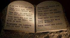 Os dez mandamentos da lei de Deus no contexto da graça de Jesus