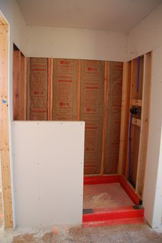 Diy walk in shower step 2 lining we may need this ifwhen we diy walk in shower tons of other diy projects like building your own house for instance solutioingenieria Image collections