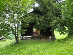 The quaint and cozy Sarreyer cabin designed by Swiss architect Rapin Saiz is an exquisite example of modern rustic architecture. Sliding Panels, Oak Panels, Swedish Sauna, Rue Verte, Swiss Chalet, Timber Panelling, Roof Lines, Winter Cabin, Wooden Stairs