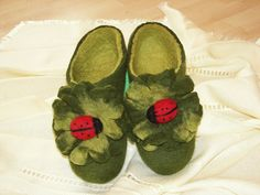 Felted slippers from merino wool LADYBIRD