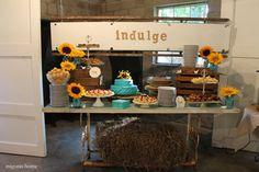 Migonis Home | Sunflower and Burlap Wedding Reception | http://www.migonishome.com