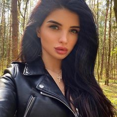 Suits For Women, Sexy Women, Jackets For Women, Motorbike Girl, Biker Chic, Brunette Beauty, Portraits, Leather Fashion, Leather Outfits