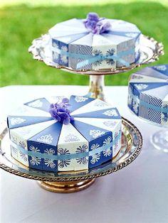 Cake-Slice Favor Wheel: Make a Wedding Favor from Card Stock