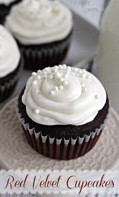 Red Velvet Cupcakes ~ Perfect Red Velvet Cupcakes topped with an amazing cream cheese frosting!