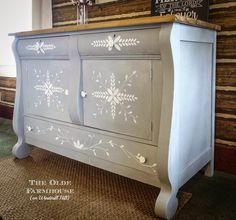 The Olde Farmhouse on Windmill Hill: MMS Inspired Hand-painted Empire Buffet~Trash to Treasure Empire Furniture, Furniture Making, Furniture Makeover, Windmill Hill, Trash To Treasure, Dressers, Chalk Paint, Painted Furniture, Buffet