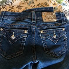 Miss Me jeans ONE DAY SALE Beautiful Miss Me jeans in perfect condition. 30 inseam. Miss Me Jeans Boot Cut