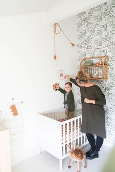 Spieken in de babykamer van baby no 2 Unisex Nursery Colors, Baby Nursery Neutral, Nursery Themes, Nursery Decor, Room Decor, Nursery Curtains, Nursery Room, Kids Bedroom, Baby Room