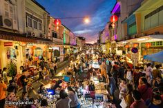 Phuket Walking Street is the latest attraction featured in Phuket Old Town. Also-known-as Lardyai (talaad yai), which means 'big market' in southern Thai dialect, this weekly market started in October 2013 and is hosted on the beautifully renovated Thalang Road, right in the middle of the