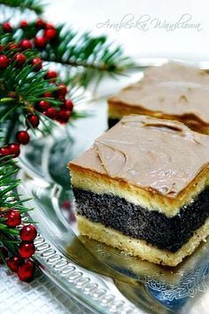 Przepis: Makowiec na cieście ucieranym - Proste i Smaczne Przepisy Polish Desserts, Polish Recipes, No Bake Desserts, Delicious Desserts, Yummy Food, Food Cakes, Cupcake Cakes, Keks Dessert, Sweet Recipes
