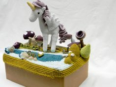 Proyecto Monona by Yanina Schenkel, crocheted storybook landscapes in Buenos Aires.