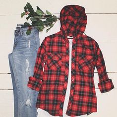 Holiday vibes #ootd #ardenelove What's Trending, Holiday, Christmas, Platform, Ootd, Plaid, Clothing, Closet, Diy