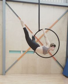 """170 Likes, 4 Comments - Bronwyn Mead (@bronwynmead) on Instagram: """"I little hoop play after a long day teaching aerial at @flyingfantastic. I love my job."""""""