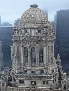 Jewelers Building cupola in the mist. Seen through a window of the Kemper Building observation deck as part of the Open House Chicago 2012 event arranged by the Chicago Architecture Foundation. Baroque Architecture, Classic Architecture, Historical Architecture, Beautiful Architecture, Architecture Details, Sustainable Architecture, Landscape Architecture, Chicago Architecture Foundation, Chicago Photos