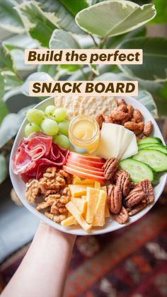Night Snacks, Lunch Snacks, Healthy Snacks, Healthy Recipes, Lunches, Snack Platter, Party Food Platters, Charcuterie Recipes, Charcuterie And Cheese Board