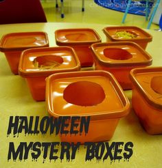 Looking for Halloween party games that are easy to plan and fun for all ages? These Halloween games are unique, fun, and perfect for kids or adults! Halloween Tags, Halloween Party Themes, Family Halloween, Classroom Halloween Party, Halloween 2020, Haloween Party Games, Halloween Party For Kids, Halloween Decorations, Halloween Appetizers