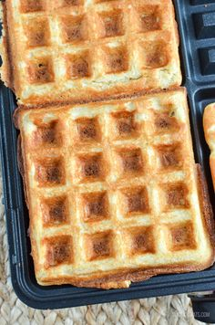 Slimming Eats - Slimming World Recipes Syn Free Classic Belgian Waffles Slimming World Waffles, Slimming World Desserts, Slimming World Breakfast, Slimming World Recipes Syn Free, Low Fat Waffle Recipe, Waffle Recipes, Pancake Recipes, Crepe Recipes, Keto