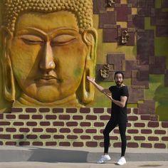 Street Buddha art ☸️ Buddha Art, Street, Artwork, Buddha Artwork, Work Of Art, Auguste Rodin Artwork, Artworks, Walkway, Illustrators