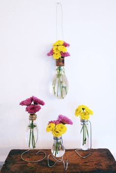 Industrial DIY Light Bulb Vase http://www.shelterness.com/industrial-diy-light-bulb-vase/?utm_source=feedburner_medium=feed_campaign=Feed%3A+Shelterness+%28Shelterness%29