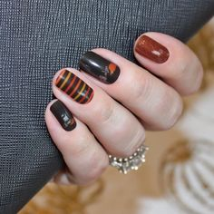 Fall time is our favorite time … and so is this design! Fall in love with this triple mixed-mani featuring autumn colors for a beautifully festive look.