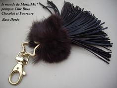 Porte clés Bijou de sac Pompon Cuir Brun Chocolat, Fourrure, Base Dor : Porte clés par le-monde-de-marushka