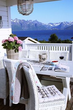 what a beautiful place to read , have a glass of wine and take in the view