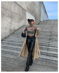 Aesthetic Fashion, Look Fashion, Aesthetic Clothes, Autumn Fashion, Trendy Fashion, High Fashion, Leather Pants Outfit, Faux Leather Pants, Black Leather