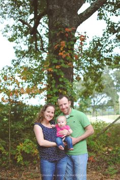 fall family portrait // outdoors // six month old baby {Stephanie M. Maiocco Photography}