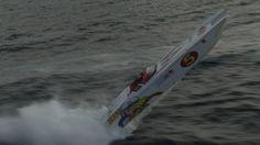 Klarte ikke rekorden - Norges raskeste båter satset alt på å sette ny fartsrekord over Skagerrak.