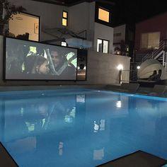 저녁엔 온수수영장이라 따듯하게 영화보면서 수영할수있구 저기 동글뱅이에 커플끼리 누워서 담요덥구 영화보는데 넘나 부러웠음 하  #더시크릿 팬션 #가평 #커플펜션 추천