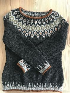 Fair Isle Knitting Patterns, Sweater Knitting Patterns, Knitting Designs, Baby Knitting, Crochet Jumper, Knit Crochet, Norwegian Knitting, Icelandic Sweaters, Creative Knitting