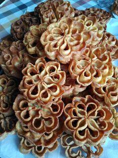 Flores dulces de la abuela Antonia-4 Murcia, Rosette Cookies, Food And Drink, Sweets, Breakfast, Cake Pop, Blog, Cakes, Gastronomia