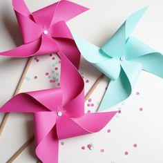 DIY : moulins à vent en papier pour un mariage ou une fête