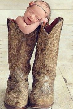 cowboy baby....Awwwwwww.... :o)