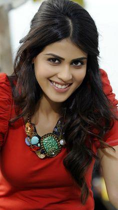 Most beautiful girls Beautiful Heroine, Beautiful Gorgeous, Beautiful Asian Girls, Beautiful Bollywood Actress, Most Beautiful Indian Actress, Beautiful Actresses, Indian Actress Photos, South Indian Actress, South Actress