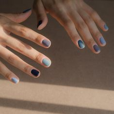 Right Now, the Trendiest Nail Polish Color Is 'All of Them' - Nageldesign - Nail Art - Nagellack - Nail Polish - Nailart - Nails - Two ways to do a rainbow manicure – each nail gets painted a wildly different color, or all five - Hot Nails, Hair And Nails, Nagel Stamping, Multicolored Nails, Colorful Nails, Different Color Nails, Two Color Nails, Colored Tip Nails, Nagellack Trends
