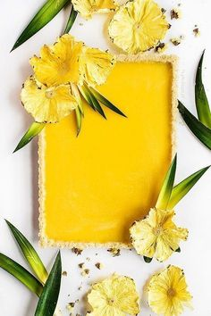 Pineapple, ginger and turmeric tart Ananas-, Ingwer- und Kurkuma-Kuchen Pineapple Flowers, Pineapple Tart, Pineapple Recipes, Tart Recipes, Sweet Recipes, Cooking Recipes, No Bake Desserts, Just Desserts, Dessert Recipes