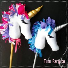 cabllo de palo / unicornio de palo Fiesta Little Pony, My Little Pony Party, Unicorn Birthday Parties, Unicorn Party, Unicorn Hobby Horse, Childrens Cushions, Stick Horses, Horse Crafts, Handmade Toys