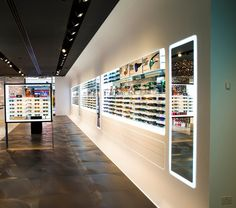 Staron® Solid Surfaces provides a design solution that pushes the boundaries of retail design. Interior Styling, Interior Decorating, Interior Design, Eyewear Shop, Led Panel Light, Retail Interior, Home Gadgets, Global Design, Solid Surface