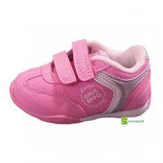 Este deportivo rosa de Gioseppo hará las delicias de tu niña en su vuelta al cole o a la guardería.  Estilo sport Pink para la peque de la casa.  Del 20 al 26