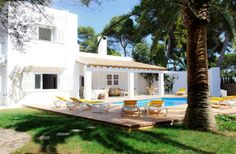 6 Bedroom Villa in Cala D'Or to rent from £2000 pw.