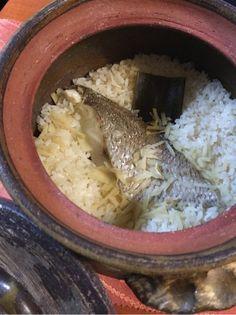Japanese food RiceCasserole、 Ricecooker, Taimeshi 鯛の切り身で 鯛飯♪ 昆布と少しの塩と たっぷりの生姜で。