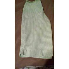 Ladies Capri pants Green stripe elastic waist with pockets Smoke free home Alfred Dunner Pants Capris