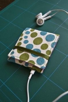 MP3 player pouch sewing
